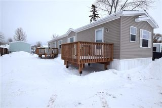 Photo 2: 42 Alder Crescent in St Clements: Pineridge Trailer Park Residential for sale (R02)  : MLS®# 202001868