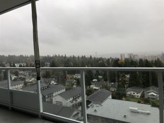 """Photo 7: 1405 657 WHITING Way in Coquitlam: Coquitlam West Condo for sale in """"Lougheed Heights 1"""" : MLS®# R2431710"""