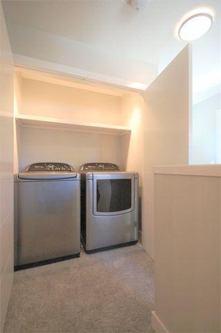 Photo 11: 9327 93 Street NW in Edmonton: Zone 18 House Triplex for sale : MLS®# E4202555