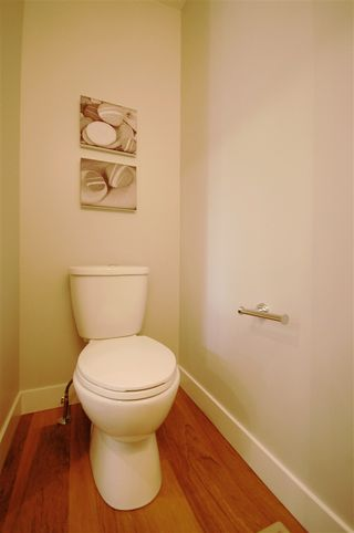 Photo 6: 9327 93 Street NW in Edmonton: Zone 18 House Triplex for sale : MLS®# E4202555