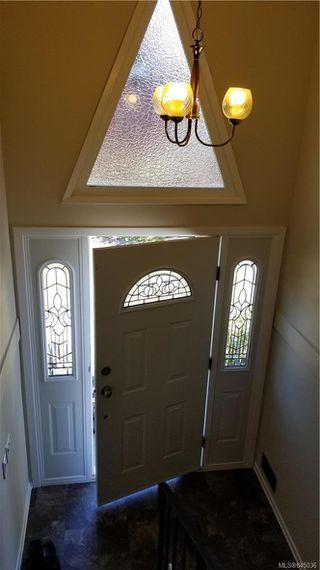 Photo 2: 1801 Hartwood Pl in Saanich: SE Lambrick Park House for sale (Saanich East)  : MLS®# 845036