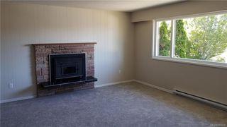 Photo 3: 1801 Hartwood Pl in Saanich: SE Lambrick Park House for sale (Saanich East)  : MLS®# 845036