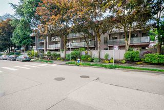 Photo 3: 314 1425 CYPRESS STREET in Vancouver: Kitsilano Condo for sale (Vancouver West)  : MLS®# R2462496