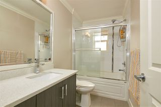 """Photo 15: 14 19097 64 Avenue in Surrey: Cloverdale BC Townhouse for sale in """"THE HEIGHTS"""" (Cloverdale)  : MLS®# R2494259"""