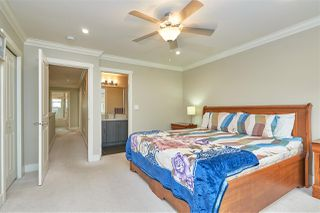 """Photo 13: 14 19097 64 Avenue in Surrey: Cloverdale BC Townhouse for sale in """"THE HEIGHTS"""" (Cloverdale)  : MLS®# R2494259"""