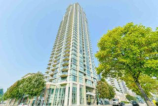 Photo 1: 3007 2955 ATLANTIC Avenue in Coquitlam: North Coquitlam Condo for sale : MLS®# R2498246