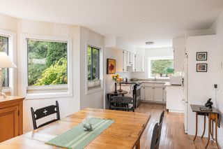 Photo 12: 905 Oliphant Ave in : Vi Fairfield West Row/Townhouse for sale (Victoria)  : MLS®# 857217
