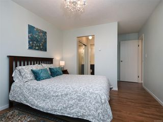 Photo 13: 209 1012 COLLINSON St in : Vi Fairfield West Condo for sale (Victoria)  : MLS®# 859466