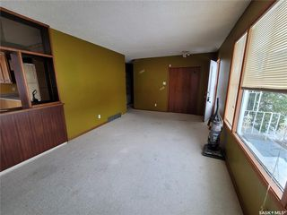 Photo 3: 60 Morris Drive in Saskatoon: Massey Place Residential for sale : MLS®# SK837813