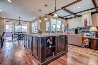 Photo 7: 3342 77 Street SW in Calgary: Springbank Hill Detached for sale : MLS®# A1056732