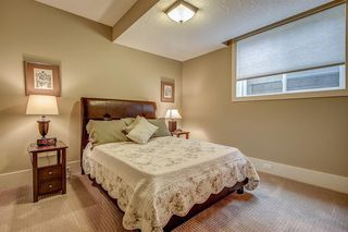 Photo 35: 3342 77 Street SW in Calgary: Springbank Hill Detached for sale : MLS®# A1056732