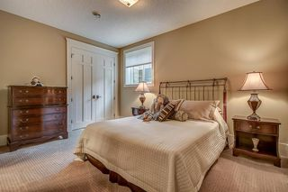 Photo 37: 3342 77 Street SW in Calgary: Springbank Hill Detached for sale : MLS®# A1056732
