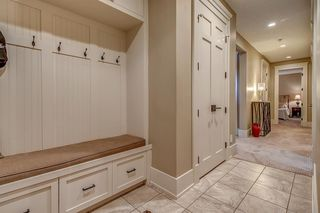 Photo 33: 3342 77 Street SW in Calgary: Springbank Hill Detached for sale : MLS®# A1056732