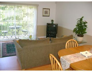 """Photo 6: 109 2915 NORMAN Avenue in Coquitlam: Ranch Park Townhouse for sale in """"PARKWOOD"""" : MLS®# V650150"""