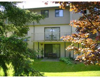 """Photo 2: 109 2915 NORMAN Avenue in Coquitlam: Ranch Park Townhouse for sale in """"PARKWOOD"""" : MLS®# V650150"""