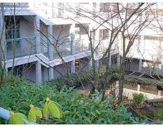 "Photo 3: 2 1386 W 6TH Avenue in Vancouver: Fairview VW Condo for sale in ""NOTTINGHAM"" (Vancouver West)  : MLS®# V660226"