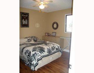 Photo 6: 1055 ABBEYDALE Drive NE in CALGARY: Abbeydale Residential Detached Single Family for sale (Calgary)  : MLS®# C3312404