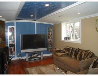 Photo 8: 1055 ABBEYDALE Drive NE in CALGARY: Abbeydale Residential Detached Single Family for sale (Calgary)  : MLS®# C3312404