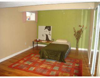 Photo 10: 1055 ABBEYDALE Drive NE in CALGARY: Abbeydale Residential Detached Single Family for sale (Calgary)  : MLS®# C3312404