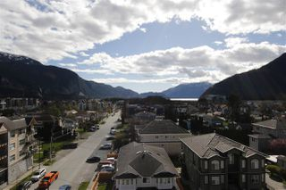 """Photo 5: 304 38013 THIRD Avenue in Squamish: Downtown SQ Condo for sale in """"THE LAUREN"""" : MLS®# R2412255"""