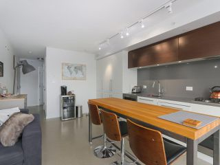 Photo 8: 801 150 E CORDOVA Street in Vancouver: Downtown VE Condo for sale (Vancouver East)  : MLS®# R2416425