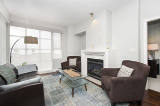 "Photo 2: 502 2655 CRANBERRY Drive in Vancouver: Kitsilano Condo for sale in ""NEW YORKER"" (Vancouver West)  : MLS®# R2428877"