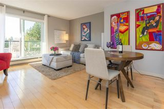 "Photo 4: 203 156 W 21ST Street in North Vancouver: Central Lonsdale Condo for sale in ""Ocean View"" : MLS®# R2438704"