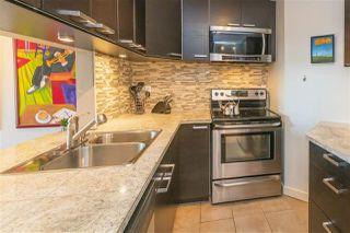 "Photo 8: 203 156 W 21ST Street in North Vancouver: Central Lonsdale Condo for sale in ""Ocean View"" : MLS®# R2438704"