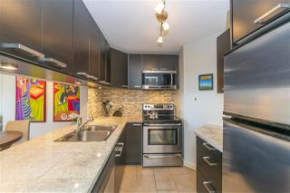 "Photo 6: 203 156 W 21ST Street in North Vancouver: Central Lonsdale Condo for sale in ""Ocean View"" : MLS®# R2438704"