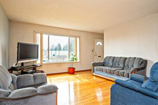 Photo 3: 32893 9TH Avenue in Mission: Mission BC House for sale : MLS®# R2447229