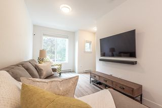 """Photo 7: 6 9718 161A Street in Surrey: Fleetwood Tynehead Townhouse for sale in """"CANOPY"""" : MLS®# R2457524"""