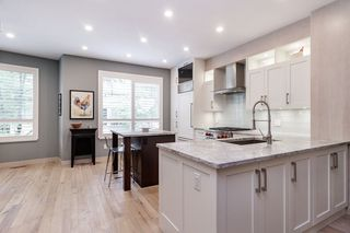 "Photo 12: 45 100 KLAHANIE Drive in Port Moody: Port Moody Centre Townhouse for sale in ""INDIGO"" : MLS®# R2472621"