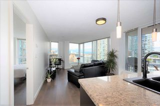 "Photo 5: 1106 188 KEEFER Place in Vancouver: Downtown VW Condo for sale in ""ESPANA"" (Vancouver West)  : MLS®# R2473891"