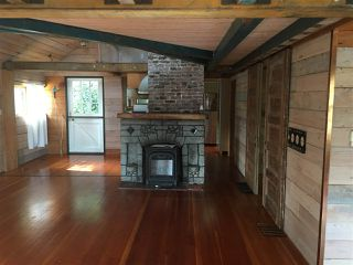 """Photo 3: 2671 PANORAMA Drive in North Vancouver: Deep Cove House for sale in """"DEEP COVE"""" : MLS®# R2476755"""