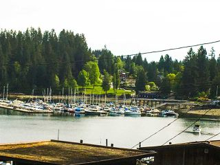 """Photo 2: 2671 PANORAMA Drive in North Vancouver: Deep Cove House for sale in """"DEEP COVE"""" : MLS®# R2476755"""