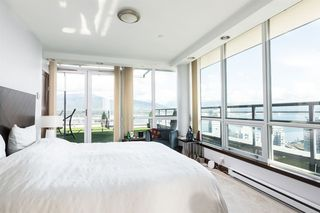 Photo 10: 3802 1328 W PENDER Street in Vancouver: Coal Harbour Condo for sale (Vancouver West)  : MLS®# R2482481