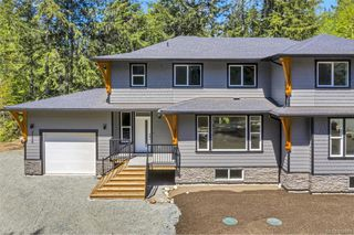 Photo 1: 3156 SLINGSBY Pl in : Sk Otter Point Half Duplex for sale (Sooke)  : MLS®# 857681