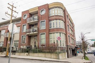 Photo 1: 206 2828 MAIN STREET in Vancouver: Mount Pleasant VE Condo for sale (Vancouver East)  : MLS®# R2240754