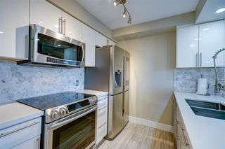 """Photo 10: 1701 1200 ALBERNI Street in Vancouver: West End VW Condo for sale in """"PALISADES"""" (Vancouver West)  : MLS®# R2527987"""