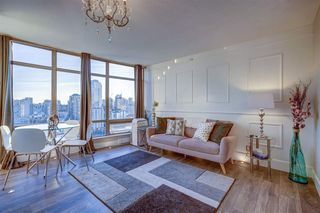 """Photo 4: 1701 1200 ALBERNI Street in Vancouver: West End VW Condo for sale in """"PALISADES"""" (Vancouver West)  : MLS®# R2527987"""