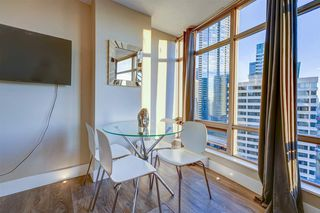 """Photo 9: 1701 1200 ALBERNI Street in Vancouver: West End VW Condo for sale in """"PALISADES"""" (Vancouver West)  : MLS®# R2527987"""