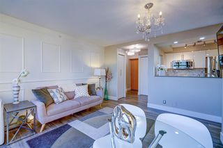 """Photo 7: 1701 1200 ALBERNI Street in Vancouver: West End VW Condo for sale in """"PALISADES"""" (Vancouver West)  : MLS®# R2527987"""