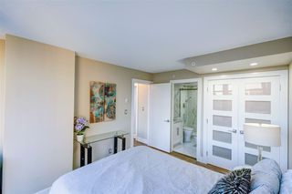 """Photo 19: 1701 1200 ALBERNI Street in Vancouver: West End VW Condo for sale in """"PALISADES"""" (Vancouver West)  : MLS®# R2527987"""