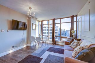 """Photo 5: 1701 1200 ALBERNI Street in Vancouver: West End VW Condo for sale in """"PALISADES"""" (Vancouver West)  : MLS®# R2527987"""