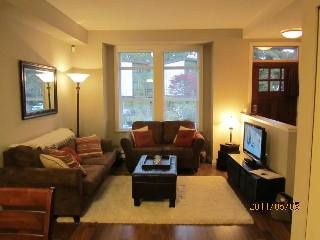 "Photo 2: 5881 IRMIN ST in Burnaby: Metrotown Condo for sale in ""MACPHERSON WALK EAST"" (Burnaby South)  : MLS®# V888092"