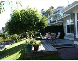 "Photo 2: 27 5900 FERRY Road in Ladner: Neilsen Grove Townhouse for sale in ""CHESAPEAKE LANDING"" : MLS®# V666858"