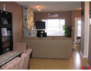 """Photo 4: 106 18701 66TH Avenue in Surrey: Cloverdale BC Townhouse for sale in """"ENCORE AT HILLCREST"""" (Cloverdale)  : MLS®# F2728531"""