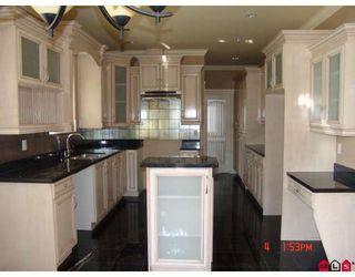 """Photo 6: 8690 E TULSY in Surrey: Queen Mary Park Surrey House for sale in """"Queen Mary Park Surrey"""" : MLS®# F2805047"""