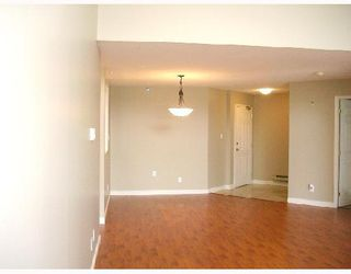 "Photo 4: 305 7011 BLUNDELL Road in Richmond: Brighouse South Condo for sale in ""WINDSOR GARDEN"" : MLS®# V701334"