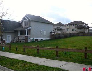 Photo 3: 34148 AMBLEWOOD Place in Abbotsford: Poplar House for sale : MLS®# F2811714